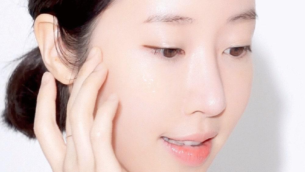 Emulsion là gì? Tác dụng đối với làn da và cách sử dụng Emulsion hiệu quả